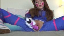 Gamer girl shows off her cosplay and rides her dildo