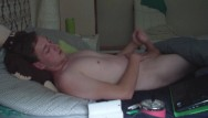 My friends hot gay dad - Spying my friend while jerking ii