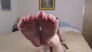 Foot fetish in key west - Stoner girl smelly foot/sock worship