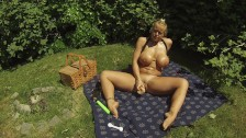 A public park is the perfect place to rub oil on tits and dildo my pussy