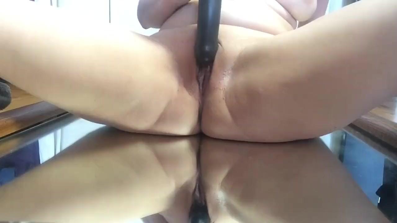 Зеркало мастурбации и верховой езды.