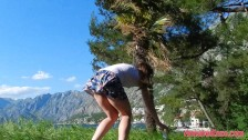 - Windy Upskirt and No P...