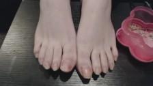 BBW PersephoneVixen clips long toenails for foot fetish fans