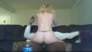 Fuck my wif on couch - My mistress and i had some fun with my labtop on my friends couch