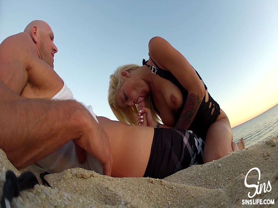 Kelly Divine Johnny Sins