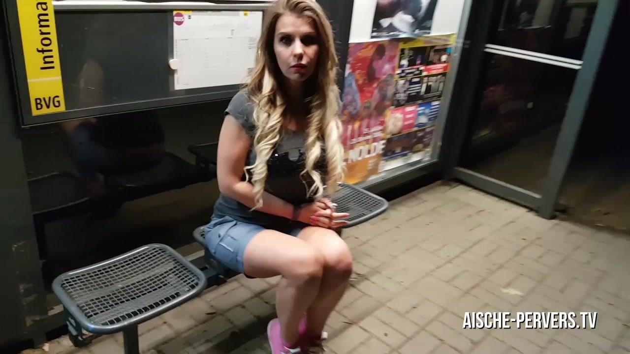 Sex an der bushaltestelle