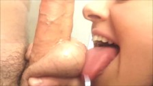 EAGER WIFE GIVES ME AMAZING BLOWJOB! WIFEY BLOWS BEST DEEPTHROAT POV!