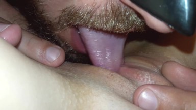 amateur pussy licking video
