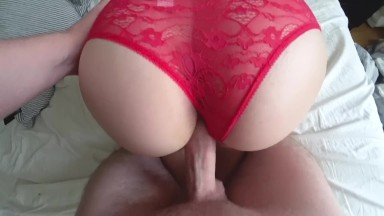 Creampies seksu