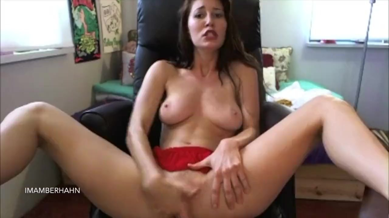 Dirty Talk Milf Masturbation