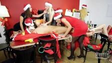 seven daughters and Santa!!! xmas Group porn!!!