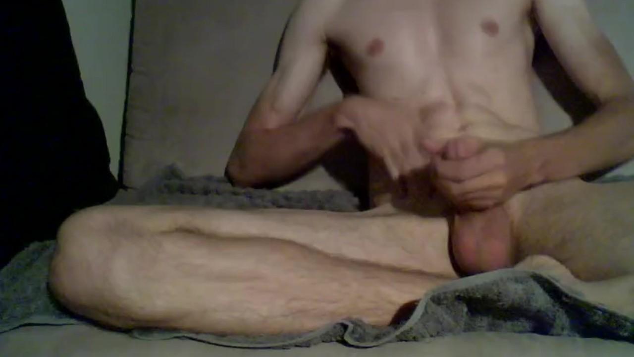 Любительские красавчик онанизм и анал бледный