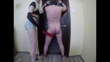 Femdom spanking. Azotando a mi esclavo.