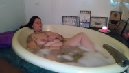 Bath bubble teen Bbw bubble-bath masturbation
