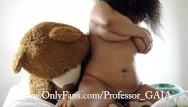 Chubby bear video Ye bears debut custom video ig: gaiagraphy