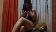 Experiencia sexual con - Chica pornhuber relata su primera experiencia squirt agatha dolly español