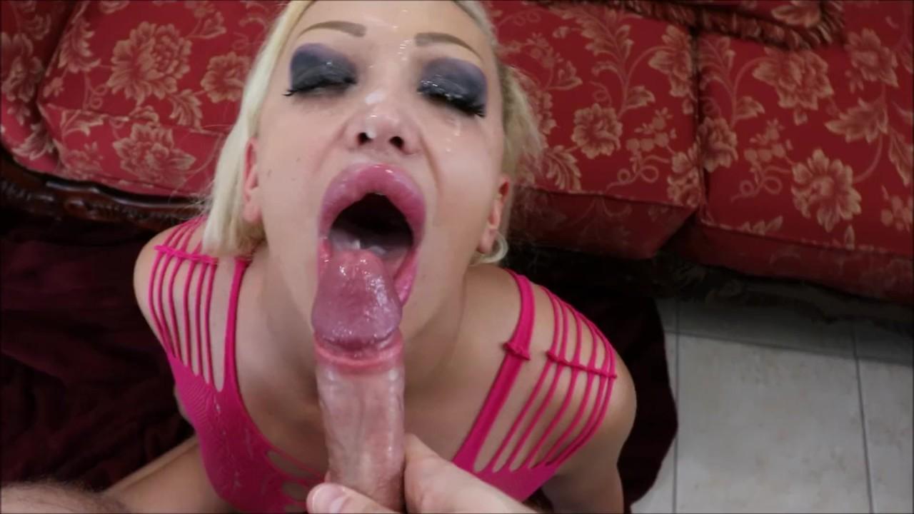 Redtube blonde deepthroat