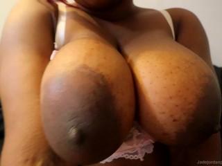 Black Girl SQUIRTING HARD! – Jade Jordan