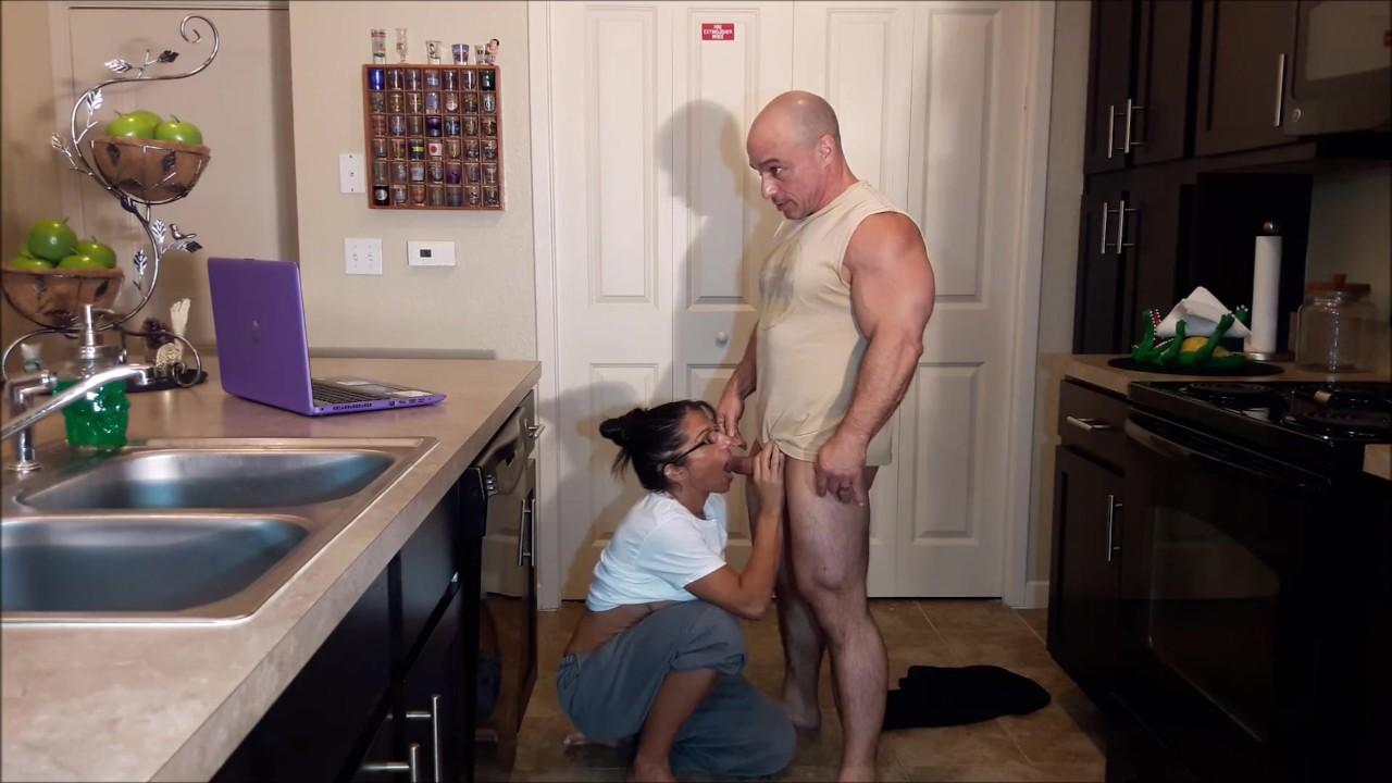 Мой сводная сестра в порно звезда