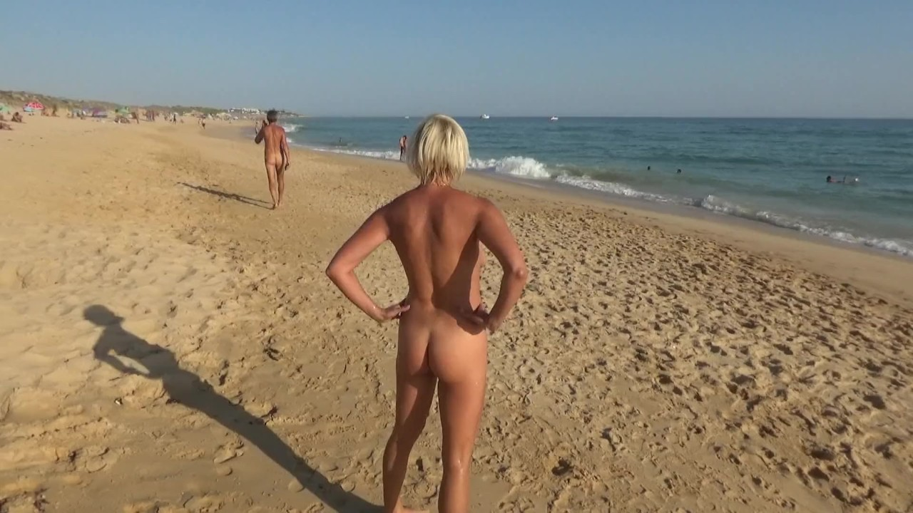 golie-na-plyazhe-chelyabinska-porno-zatrahali-nevestu
