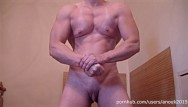Muscled babe big clit Pec flexing, fbb posing and hot masturbation - muscle girl anouk
