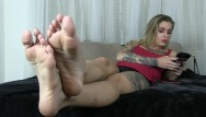 Wave amplitude on your strip Kleio valentien ignores you while she plays on her phone she waves her feet