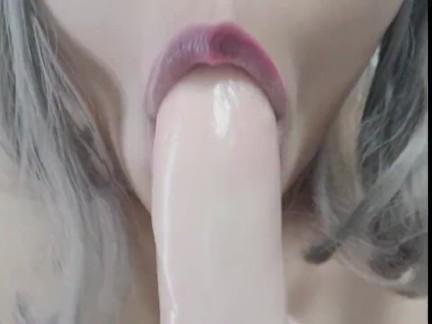 Naughty talk: Beg me to cum