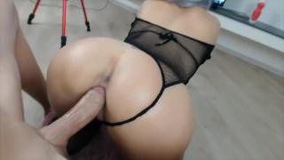 Les hommes ayant des vidéos de sexe anal