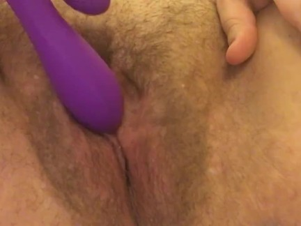 Wet and hairy pussy cumming and squirting
