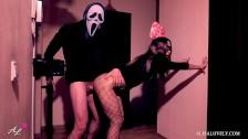 Une couple torride baise pour Halloween