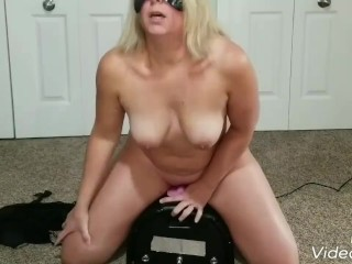Multiple orgasm and  a big squirt on my motorbunny.