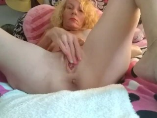 Big Clits Tiny Tits Hot Pink Blonde Huge Lips Pussy Squirting Orgasms