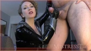 Mistress T - Se faire entraîner sur une bite de freak - RedTube