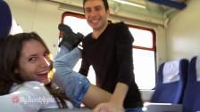 Любительское видео Пара трахается в поезде с эякуляцией на лицо - MySweetApple
