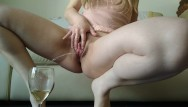 Doing her pee hole - Try to pee with big labia pussy open on goblet, but i do messy