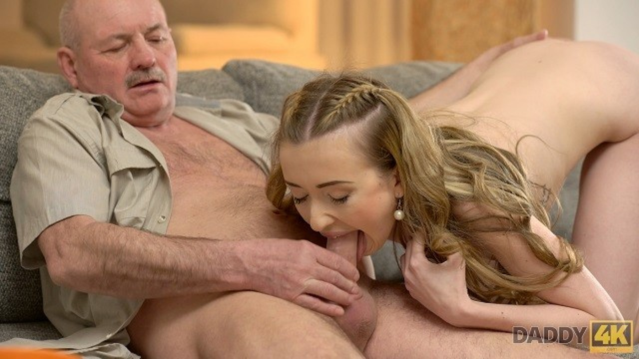 Watch porn online with dad