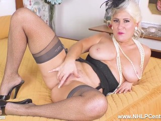 curvy blonde lu elissa frigs herself in vintage nylon fishnets and mules