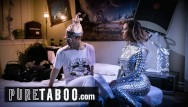 Ecard funny sexy - Conspiracy theorist meets sexy female alien -pure taboo