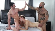 Flat duo jets gay - Gaywire - atlast grant, sir jet and bar addison on pound his ass