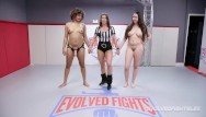 Sexy girl fights Daisy ducati dominates curvy kyra rose in girl vs girl wrestling