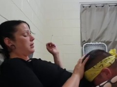 Goth slut getting her pussy eaten while smoking