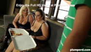 Young boy spank Two super-sized bbw eat up the pizza boy
