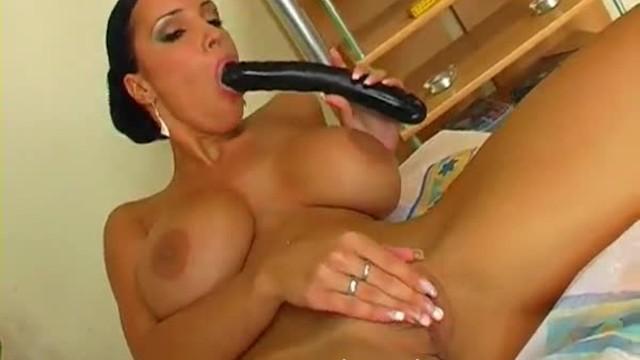 Sexy Babe Huge Natural tits fucking black dildo