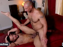 men.com - butt beaux banks gets fucked by dilf john magnum