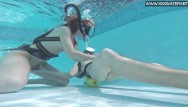 Blowjobs underwater videos Super hot underwater blowjob with minnie manga