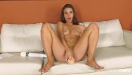 Cam sex performing Solo performance of brunette jaycee starr teasing her pink pussy