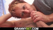 Hot woman sex photo He pounds hot mature woman on the floor