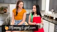 Virgins pic avi Cougar seeks kitten virgin step-teen wants in- mommysgirl