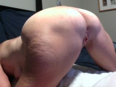 Hot Milf Has Her Ass Trained With Big Butt Plug While She Vibes HerPussy