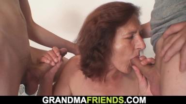 Granny sex orgie